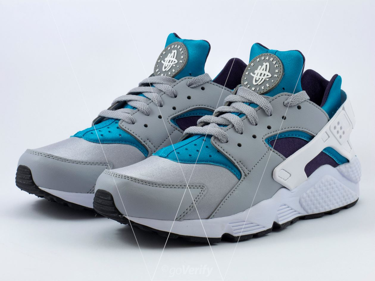 lowest price 7a923 f508b How to spot fake Nike Air Huarache in 28 steps