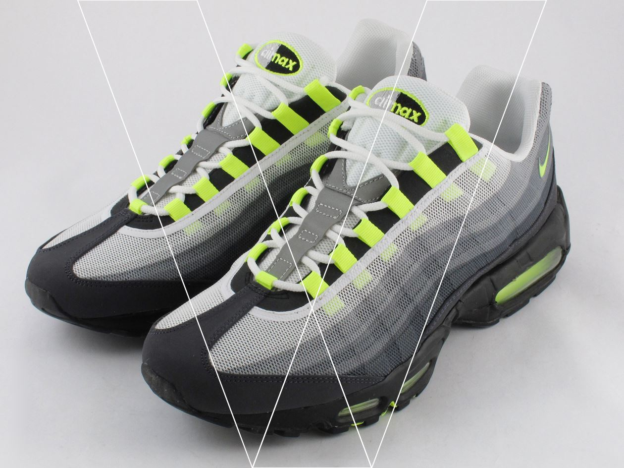 How to spot fake Nike Air Max 95 PREM Tape in 17 steps 875fcf38ce8
