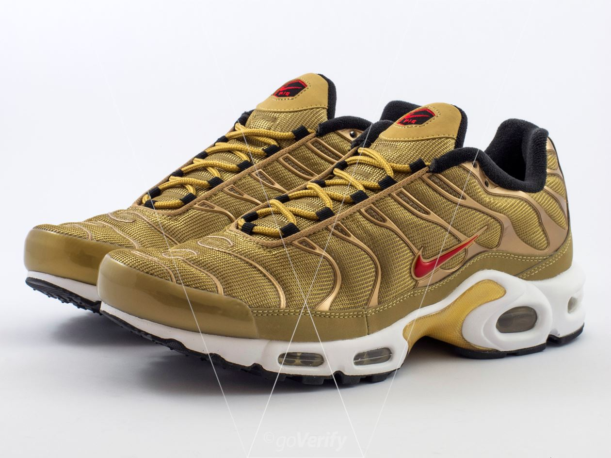 d2f7a9e01a3 How to spot fake Nike Air Max Plus TN in 27 steps